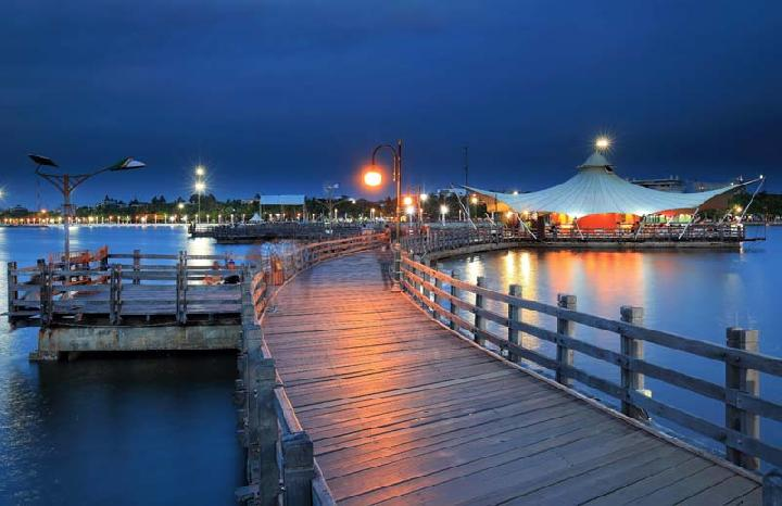 Rekomendasi 14 Kawasan Pantai Ancol Yang Harus Kalian Kunjungi